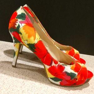 Audrey Brooke Floral Heels Size 8.5